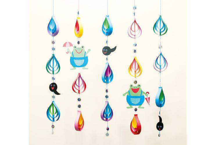 カラフルなしずくで彩り豊かに「雨つぶとかえるの吊るし飾り」